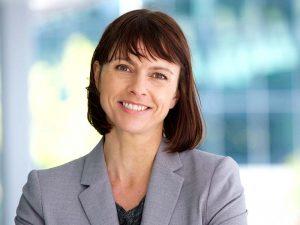 businesswoman-smiling